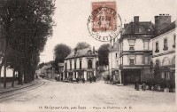 Saint Cyr sur Loire - Place de Portillon.