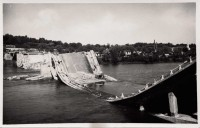 Saint Cyr sur Loire - Destruction du pont Bonaparte, miné par les allemands le 22 août 1944 - carte photo.