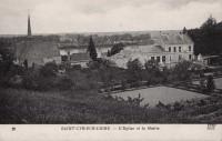 Saint Cyr sur Loire - L'église et la mairie.