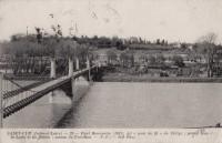 Saint Cyr sur Loire - Pont Bonaparte dit pont de fil de Saint-Cyr, grand bras de la Loire et île Simon, coteau de Portillon.
