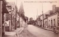 Saint Cyr sur Loire - Le Quai des Maisons Blanches au Coq.