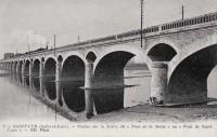 Saint Cyr sur Loire - Viaduc sur la Loire, dit Pont de la Motte ou Pont de Saint-Come.