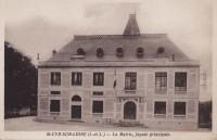 Saint Cyr sur Loire - La Mairie, façade principale.