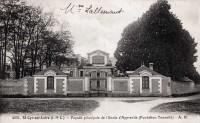 Saint Cyr sur Loire - Ecole d'Apprentis (Fondation Tonnellé) - Façade principale.