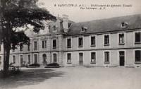 Saint Cyr sur Loire - Etablissement des Apprentis Tonnellé - Vue intérieure.