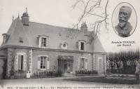 Saint Cyr sur Loire - La Béchellerie où mourut le maître Anatole France.