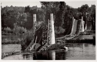 Saint Cyr sur Loire - Destruction du pont de fil, miné par les allemands le 22 août 1944 - carte photo.