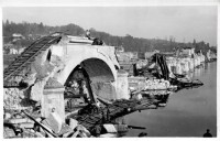 Saint Cyr sur Loire - Destruction du pont de la Motte ou viaduc Saint-Cosme, miné par les allemands le 22 août 1944 - carte photo.