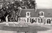 Saint Cyr sur Loire - La Béchellerie, côté cour.