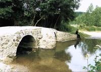Saint Cyr sur Loire - Pont romain de Mondoux, sur la Choisille.
