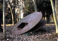 Saint Cyr sur Loire - Les collections du parc de la Perraudière - Jean Clareboudt - Passage Fer, 1991.