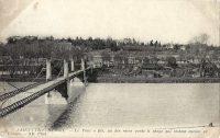 Saint-Cyr-sur-Loire - Le Pont à fils, un des rares ponts à péage qui restent encore en France.