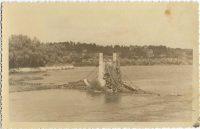 Saint-Cyr-sur-Loire - Destruction du pont de Fil, miné par les allemands le 22 août 1944 - photographie originale.